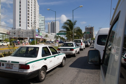 Traffic in Cancun